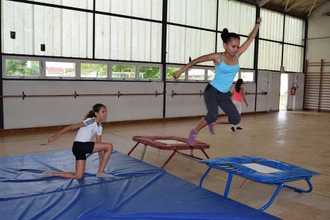 initiation-trampoline
