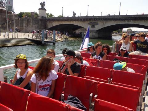 Paris--ARdam-bateau-mouche-03